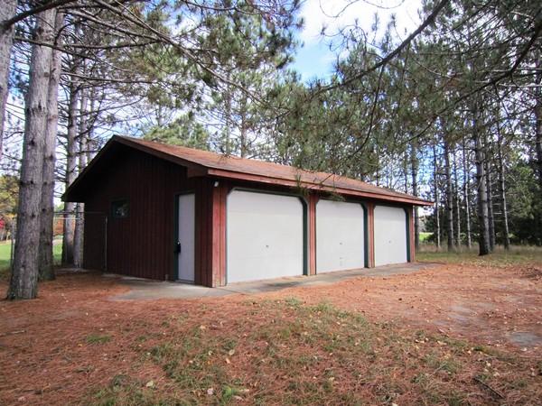 Meadow Green Garage
