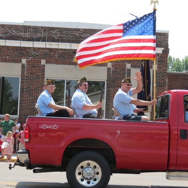 Proud veterans start off the parade