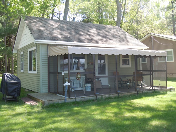 Clam Lake - 2 bedroom with 520 feet of shared frontage, $107,000