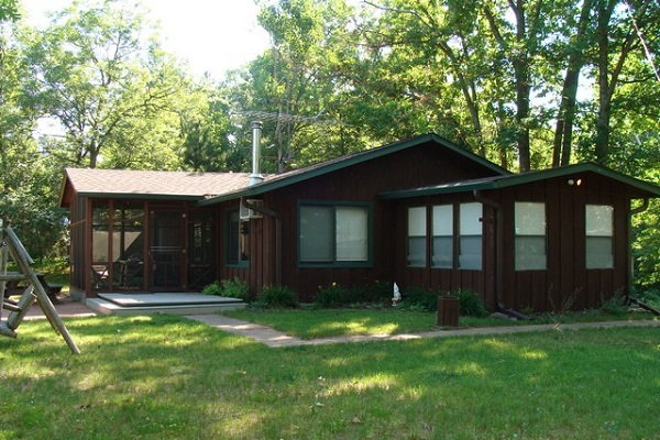 MLS# 897828 Pine Lake $164,900