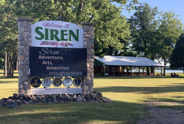 Welcome to Siren stone sign by pavilion